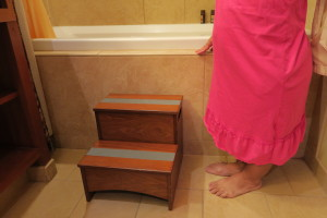 An LP, the Aulani Stepstool, and the Standard Tub. Time to go diving!